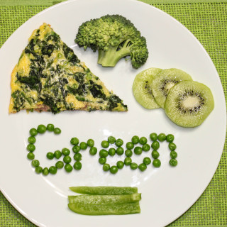 Eat, Drink, Play by Color: Green