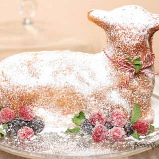 How to decorate an Easter Lamb Cake! Sugared berries are the perfect easy decoration for your Easter celebration.