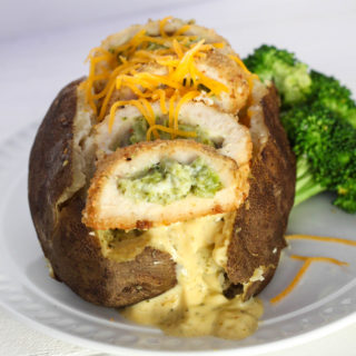 This Chicken Broccoli Cheese Baked Potato recipe is easy and the potatoes are made in the crock pot, perfect for busy nights. Use Barber Foods Broccoli Cheese Chicken to make your potato extra special!