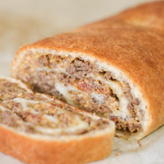 Bacon Cheeseburger Roll-Up