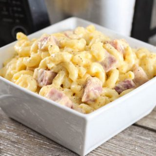 Crock Pot Macaroni and Cheese with Ham