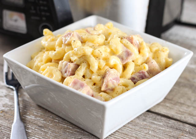 Crock Pot Macaroni And Cheese With Ham The Farmwife Cooks